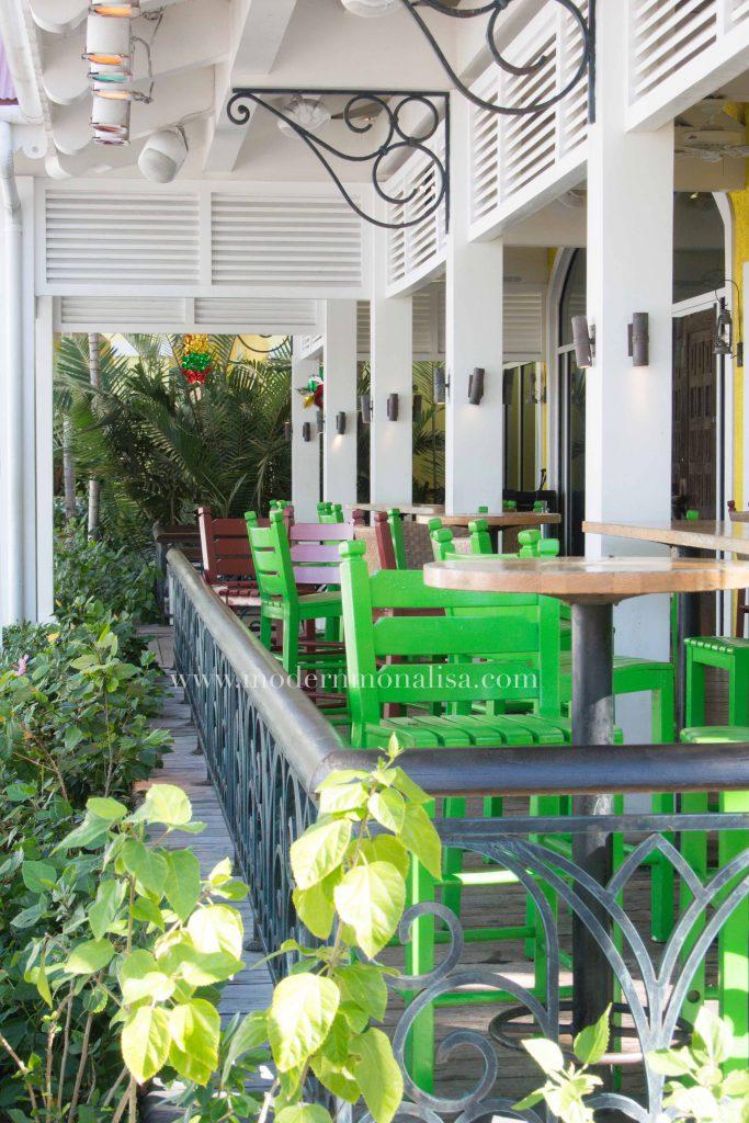 modernmonalisa_marina_village_bahamas_6761